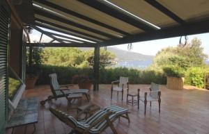 Villa in posizione panoramica con splendida vista sul Golfo di Procchio